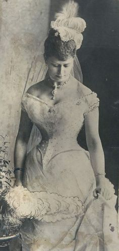 my-little-time-machine:  Mary of Teck, later Queen Mary of England. Circa 1890-1891