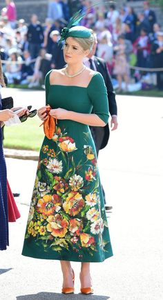 Lady Kitty Spencer in Dolce and Gabbana from Meghan Markle and Prince Harry's Royal Wedding Guests Kitty Spencer Royal Wedding, Princess Diana Niece, Princess Kate, Beautiful Dresses, Nice Dresses, Dama Dresses, Estilo Real, Retro Mode, Royal Weddings
