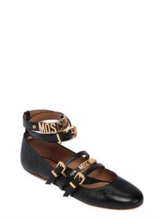 9208effc6ae 54 Best Moschino images