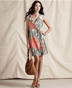 okay, i die, i love the print, the wrap, the length, the neckline. eeeeeee!    Tommy Hilfiger Dress, Sleeveless Printed Ruffled Wrap V-Neck - Womens Dresses - Macy's
