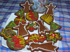 Kulinarne życie: Pierniki świąteczne Gingerbread Cookies, Sugar, Desserts, Food, Gingerbread Cupcakes, Tailgate Desserts, Deserts, Essen, Postres
