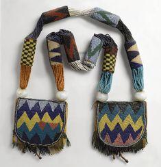 African Jewelry, Ethnic Jewelry, Fabric Jewelry, Beaded Jewelry, Jewellery, Yoruba People, Tribal Bags, Art Perle, African Textiles