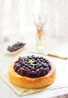 Curd tart with blackberries