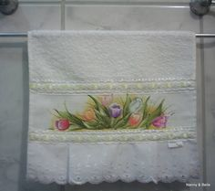 Toalha de mão Decoupage, Greeting Cards, Painting, Crafty, Fabric, Flowers, Pattern, Diy, Bath Towels & Washcloths