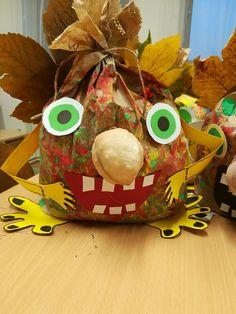 Diy For Kids, Crafts For Kids, November Crafts, Halloween, Pumpkin, Crafty, Christmas Ornaments, Hobbit, Holiday Decor