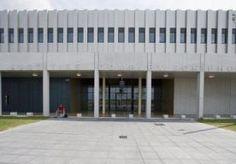18-Sep-2014 8:17 - FOCUS LIQUIDATIEPROCES OP NIEUWE KROONGETUIGE. SCHIPHOL (ANP) - In het Justitieel Complex Schiphol zet het Amsterdamse gerechtshof donderdag het hoger beroep voort van het liquidatieproces Passage. Nadat de zaak maandenlang in relatieve stilte was voortgeschreden, kwam het Openbaar Ministerie (OM) vorige week met een verrassing: een tweede kroongetuige, in de persoon van verdachte Fred Ros (45). De behandeling van de zaak zich donderdag daarop zal concentreren...