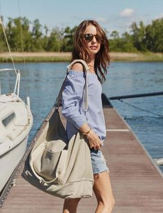 The Catalina Deluxe weekender, a stylish and lightweight weekender bag