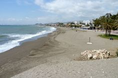 Best Costa del Sol beaches and the worst! Spain, with large pictures and compact information on environment, sand and water quality, facilities - Bugbog Andalusia Spain, Sand And Water, Water Quality, Beaches, Environment, Outdoor, Outdoors, Sands, Outdoor Games