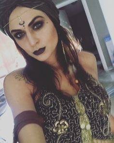 Gypsy fortune teller, makeup, costume, hair, turban, clothes