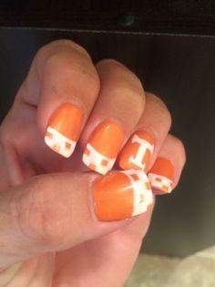 UT Vols nails Football Nail Designs, Football Nails, Ut Football, Tennessee Football, College Football, Sassy Nails, Cute Nails, Pretty Nails, My Nails