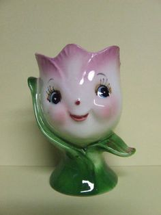 Vintage Anthropomorphic tulip egg cup holder from Japan pink Vintage Egg Cups, Vintage Easter, Vintage Love, Vintage Items, Vintage Stuff, Egg Coddler, Pie Bird, Tea Eggs, Egg Art
