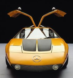 THE MERCEDES−BENZ MOTOR SPORTS