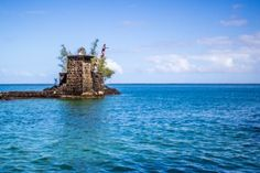 Big Island Hawaii Things To Do, jumping from the tower on Coconut Island in Hilo!
