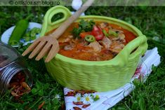 Thai Red Curry, Salsa, Pork, Mexican, Ethnic Recipes, Kale Stir Fry, Salsa Music, Pork Chops, Mexicans