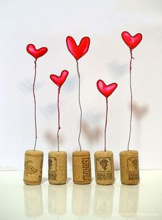 Nail Polish Heart - Diy and Nagellack-Herz – Diy and Crafts Nail Polish Heart polish - Nail Polish Flowers, Nail Polish Crafts, Nail Polish Colors, Valentines Bricolage, Valentine Day Crafts, Be My Valentine, Valentines Hearts, Wire Crafts, Diy And Crafts