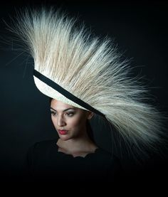 You are either gonna love it or hate it. Fascinator Hats, Fascinators, Headpieces, African Hats, Hat Blocks, Races Fashion, Feather Hat, Hat Stands, Church Hats