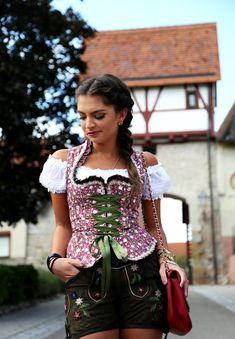 outfit-krüger-dirndl-lederhose-2
