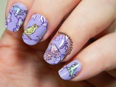 Toxic Vanity: Vintages Flowers and Birds nails