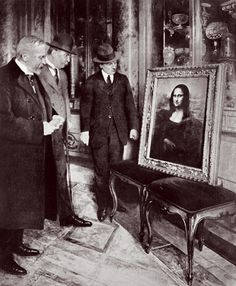 Stealing Mona Lisa   Vanity Fair. Painting is examined in Italy, after its recovery in 1913
