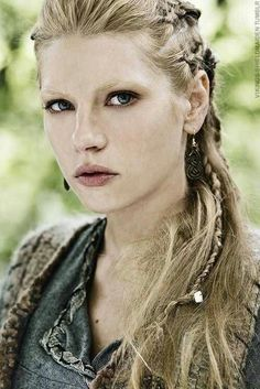 Lagertha Lothbrok wife now ex-wife of Ragnar Lothbrok on the series Vikings