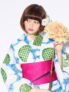 玉城ティナ×京都丸紅、レトロポップな浴衣&振袖が発売   ニュース - ファッションプレス
