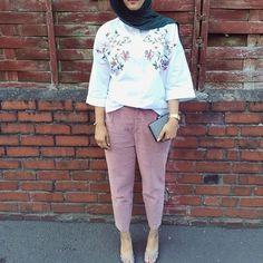 @lotustreee we love this modest fashion look /Amaliah.co.uk