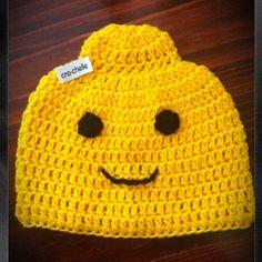 Crochet Idea-Not a Pattern-Lego head Beanie Crochet Crochet Lego, Crochet Kids Hats, Crochet Cap, Crochet Beanie, Crochet Gifts, Cute Crochet, Crochet Motif, Crochet Patterns, Yarn Projects