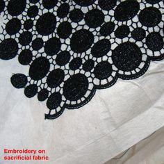 http://www.trimlaces.com/wp-content/uploads/2012/07/%E6%B0%B4%E6%BA%B6%E8%8A%B1%E8%BE%B9%E5%B8%83.jpg