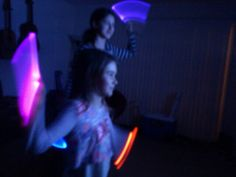 Babysitting idea: if they have just dance, bring glow-sticks! :) The Effective Pictures We Offer You About Baby Tips deutsch A quality picture can tell you many things. You can find the most beautiful Babysitting Kit, Babysitting Activities, Glow Crafts, Kids Crafts, Baby Hacks, Baby Tips, Nanny Activities, Glow Sticks, Just Dance