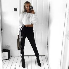 Adidas till I die ⚡️ Lazy Outfits, Sporty Outfits, College Outfits, Cool Outfits, Girl Fashion, Fashion Outfits, Womens Fashion, Grunge, Fashion Jackson