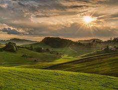 "500px / Photo ""Sun play"" by Peter Zajfrid"