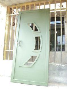 Obras - J CALDERON B House Main Gates Design, Door Gate Design, Wooden Door Design, Door Design Interior, Wooden Doors, Steel Gate Design, Balcony Railing Design, Window Grill Design, Aluminium Doors