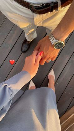 Cute Love Couple, Cute Couple Pictures, Love Photos, Relationship Goals Pictures, Cute Relationships, Creative Instagram Stories, Instagram Story Ideas, Cute Couples Goals, Couple Goals