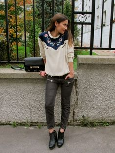 Fellow blogger Marta in Isabel's Lizy top and Étoile Ivo corduroys....