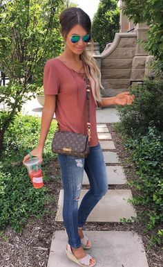 Casual Summer Look – Summer Must Haves Collection. – Street Fashion, Casual Style, Latest Fashion Trends – Street Style and Casual Fashion Trends Mode Outfits, Fall Outfits, Spring Outfits Women, Girls Weekend Outfits, Young Mom Outfits, Spring Fashion Outfits, Cute Casual Outfits, Casual Wear, Casual Dresses