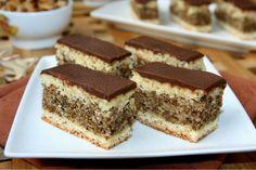 Hungarian Desserts, Romanian Desserts, Romanian Food, Hungarian Recipes, Sweets Recipes, Cake Recipes, Non Plus Ultra, Homemade Cookies, Dessert Drinks