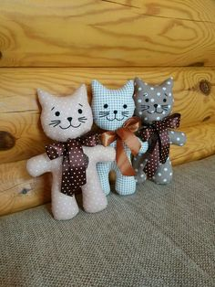 Lisa Angel Homeware & Gifts - DiyForYou - Home Warei Deas Sewing Toys, Sewing Crafts, Sewing Projects, Sewing Stuffed Animals, Stuffed Animal Patterns, Animal Sewing Patterns, Doll Patterns, Cat Crafts, Diy And Crafts