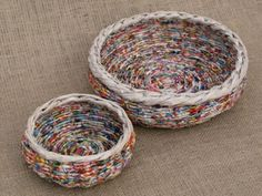 Picture of More Newspaper Basket Weaving Ideas upcycled crafts Weaving Baskets With Newspaper Recycle Newspaper, Newspaper Basket, Newspaper Crafts, Newspaper Paper, Upcycled Crafts, Recycled Paper Crafts, Recycled Magazines, Raffia Crafts, Recycled Magazine Crafts