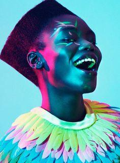 "Mochilas de frutas, nebulosas e o neon pastel ""blue summer"" institute magazine fashion editorial, model: sarah blatt. Party Photography, Editorial Photography, Portrait Photography, Fashion Photography, Photography Ideas, Color Photography, Arte Fashion, Editorial Fashion, Summer Editorial"