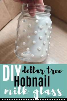 Easy instructions on how to make DIY hobnail milk glass from Dollar Tree stickers. Crafts With Glass Jars, Jar Crafts, Dollar Tree Glass Vases, Spray Paint Vases, Milk Glass Vase, Painted Jars, How To Make Diy, Craft Ideas, Diy Ideas