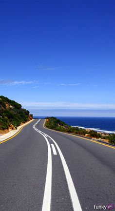 Taking a scenic drive in Cape Town is part of Scenic roads - Beautiful Landscape Wallpaper, Scenery Wallpaper, Beautiful Landscapes, Road Pictures, Nature Pictures, Road Photography, Landscape Photography, Cape Town Photography, Digital Photography