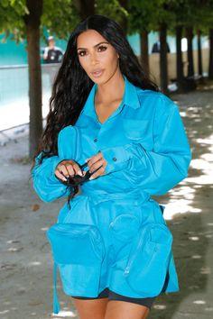 Kim Kardashian's Louis Vuitton Jacket Is Full of Secrets, Snacks Probably. Kim Kardashian, Kardashian Kollection, Celebrity Dresses, Celebrity Style, Kendall Jenner Style, Kylie Jenner, Kim K Style, Fashion Line, Louis Vuitton