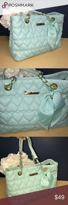 Betsy Johnson Purse Excellent condition. Beautiful blue color. Clean. Betsey Johnson Bags