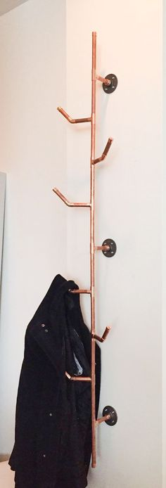 Finally a perfect hat rack! HANG IT Copper Pipe Coat Rack.- Finally a perfect hat rack! HANG IT Copper Pipe Coat Rack 6 series von Finally a perfect hat rack! HANG IT Copper Pipe Coat Rack 6 series von auf Etsy More - Pipe Furniture, Furniture Design, Copper Furniture, Coat Hanger, Coat Racks, Hanging Coat Rack, Hanging Closet, Deco Design, Home Projects