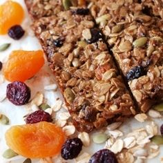 These yummy power-packed oat bars are healthy snacks for everyone.