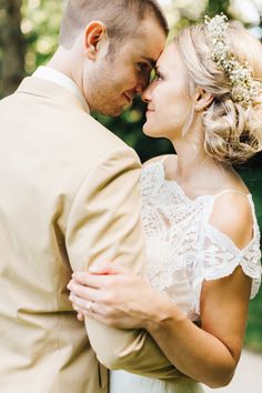 julie + ryan | Omelia Gown from BHLDN | ryan timm photography | via: style me pretty | #BHLDNbride