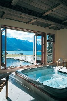 Blanket Bay Lodge, Glenorchy, New Zealand. Our friends at Blanket Bay Lodge know the best places to put hot tubs Future House, Home Design, Interior Design, Design Ideas, Dream Bathrooms, Beautiful Bathrooms, Luxury Bathrooms, Romantic Bathrooms, Luxury Bathtub
