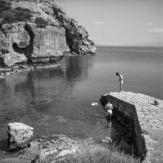 Perachora, the port. Photo © Robert McCabe.