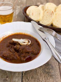 Czech Recipes, Ethnic Recipes, Modern Food, Goulash, Food 52, International Recipes, No Cook Meals, Curry, Paleo