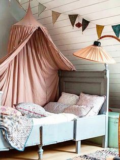 Attic rooms have something really special. A charming atmosphere, without any ki. Attic rooms have something really special. A charming atmosphere, without any kind of doubts. A magic place which can be turned into a great kids' rooms.